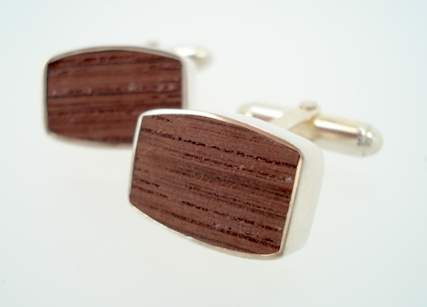 tokens and coins wine barrel cufflinks