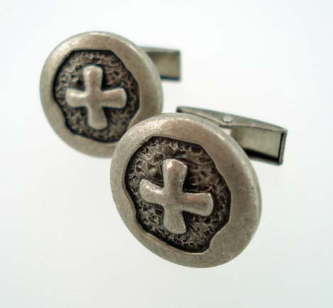 elnglish laundry cross cufflinks