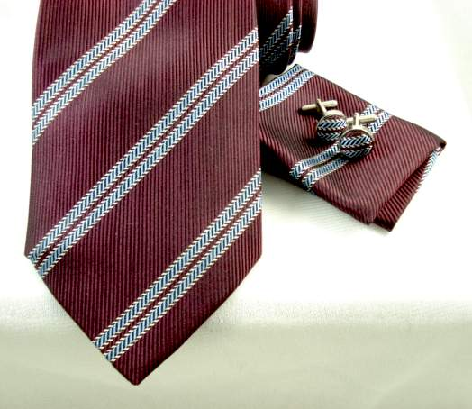 Woven Burgundy Light Blue Stripe 4pc Set